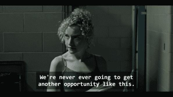 Ruth (Julia Garner)