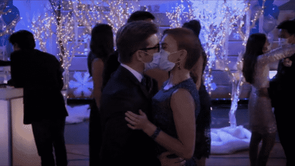 Alexa and Dylan kissing at the dance.