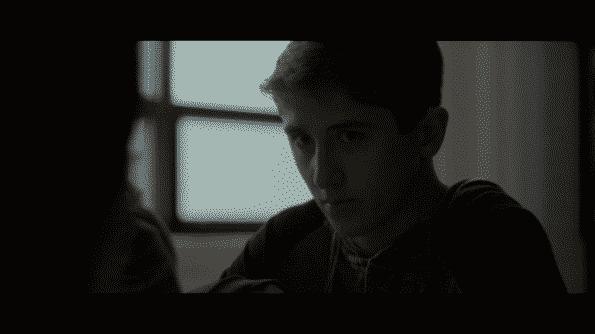 Sawyer Barth as Roddy (Flake)
