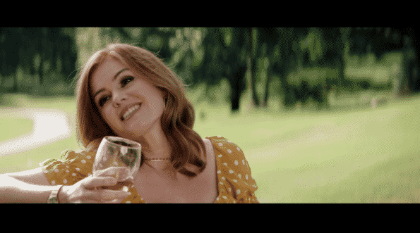 Isla Fisher as Anna in Tag.