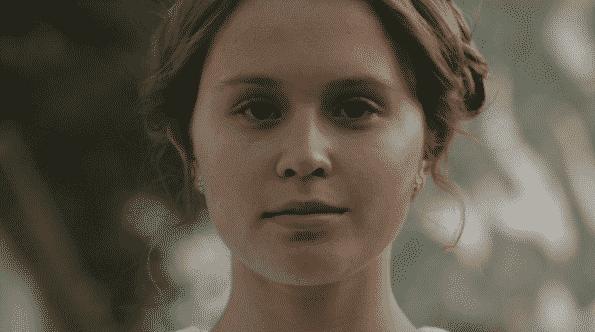 Amma's face, close up.
