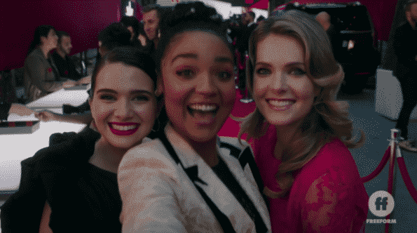 Jane, Kat, and Sutton taking a selfie.