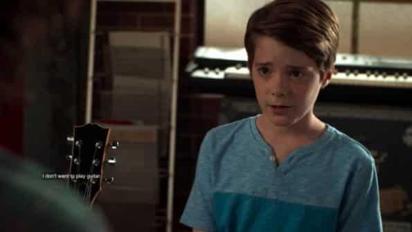 Shaun revealing he doesn't like playing guitar.