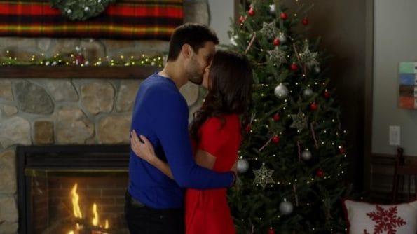 Clara and Shane kissing.