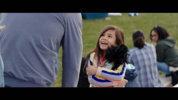 Lita (Julianna Gamiz) thanking Pete for fixing her doll.