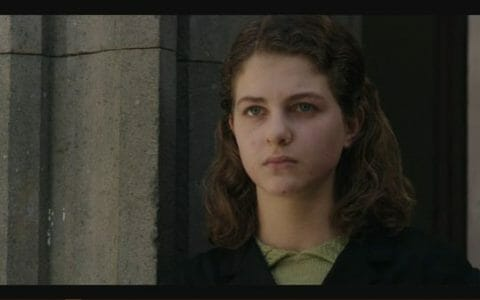 Elena (Margherita Mazzucco) as a teenager.