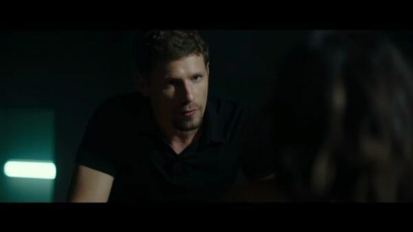 Brian (Matt Lauria) interrogating Gloria.