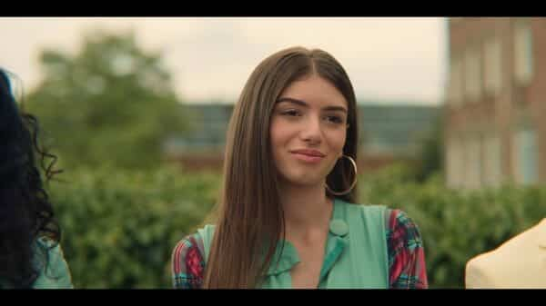 Ruby (Mimi Keene) talking trash.