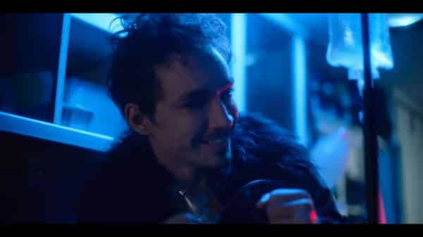 Klaus (Robert Sheehan) after being revived from overdosing.
