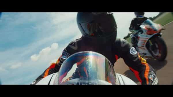 Tony (Francois Civil) racing