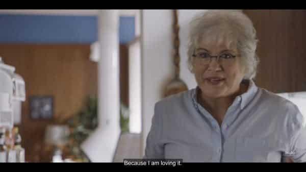 Vera (Julia Sweeney) talking to Annie about their diet plan.