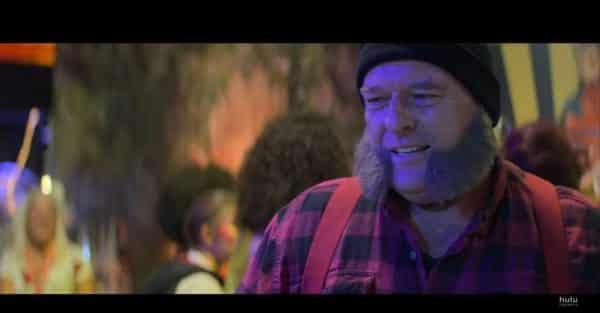 Russ (Dean Norris), as Wolverine, meeting Dee Dee.