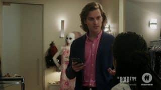 Patrick (Peter Vack) talking to Kat.