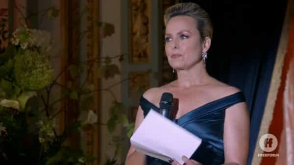 Jacqueline (Melora Hardin) during her speech - The Bold Type