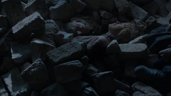 The corpses of Jamie and Cersei.