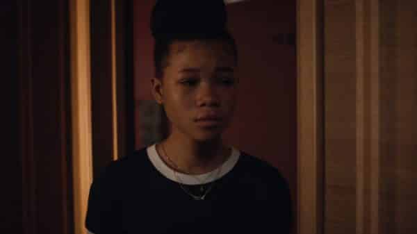 Gia (Storm Reid) worried about her sister Rue.