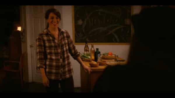 Inka (Samantha Soule) inviting Shawna to dinner.