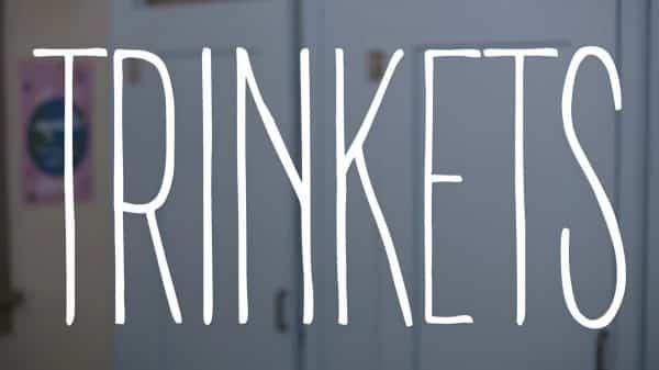 Title Card - Trinkets S1e5