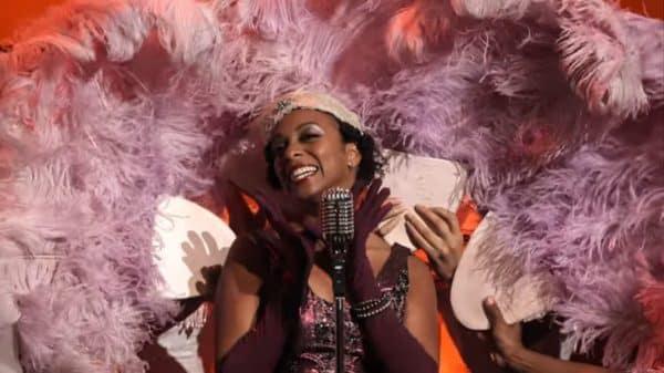 Francine (Rachel Ferrera) performing.