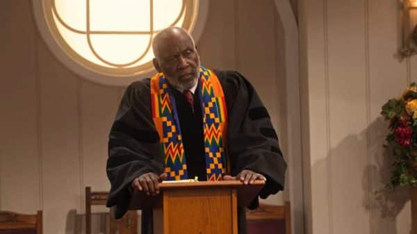 Jeb (Richard Roundtree) at the pulpit.