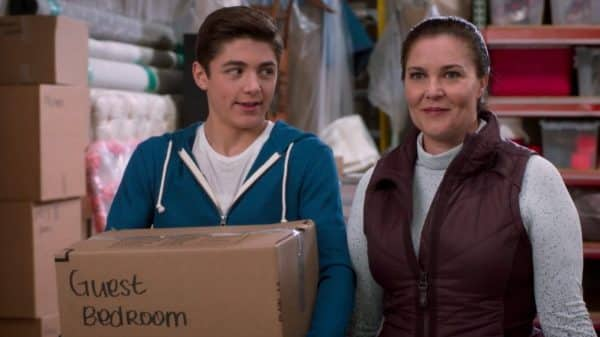 Jonah and his mother Judy (Coco Angel) while they are moving their stuff.