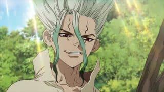 Senku (Kobayashi Yuusuke) a genius young man who is one of the first to awaken after being petrified.