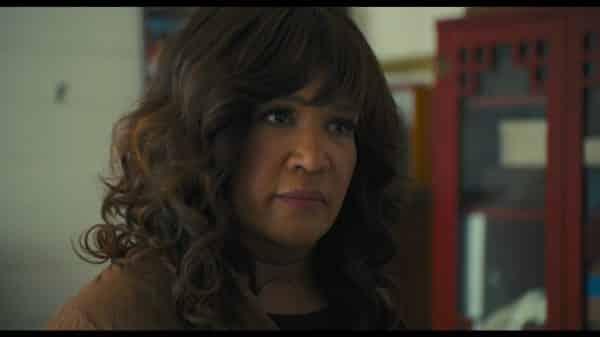 Karen (Kym Whitley) talking to Zadie.