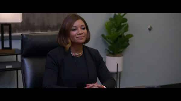 Jocelyn Joss Hawkins (Tamala Jones) in a meeting.