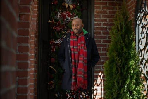 Rush Williams (Romany Malco) on his doorstep.