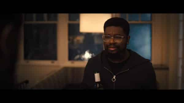 Kyle (Lil Rel Howery) talking to his brother.
