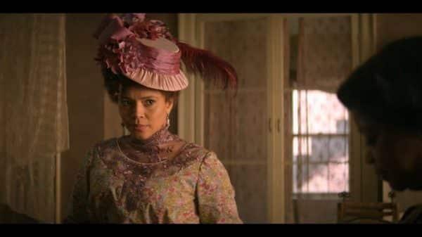 Addie Monroe (Carmen Ejogo) talking to Sarah.