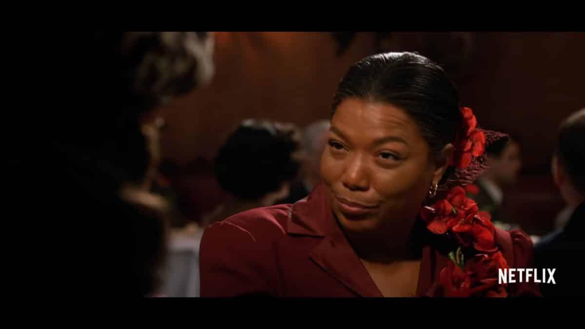 Hattie McDaniel (Queen Latifah) speaking to Camille during a awards event.