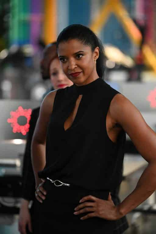 Renee Elise Goldsberry as Ava doing a power pose | Image via NBC