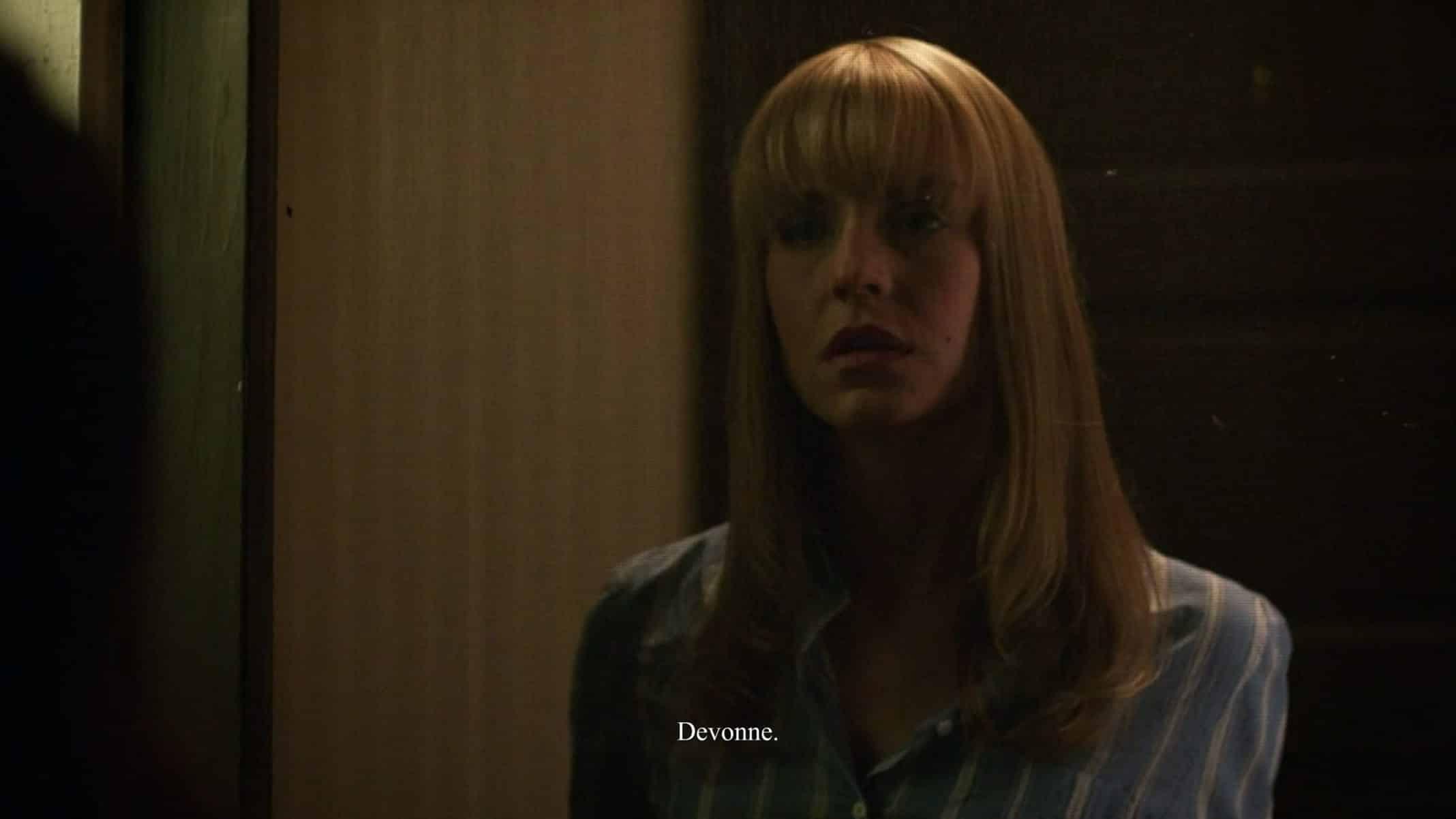 Devonne (Gia Vrovatin) greeting Jackie at her door.
