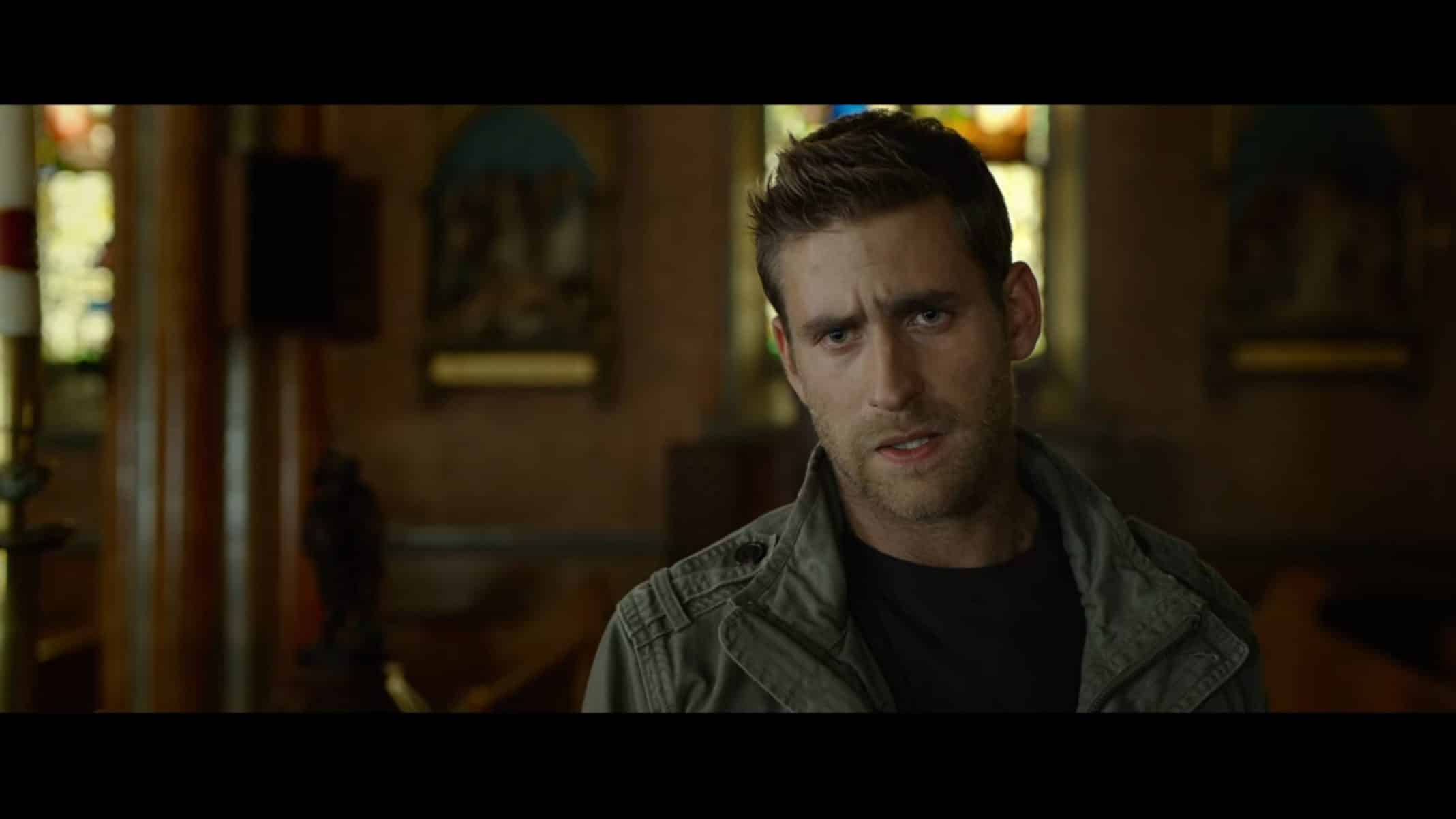 Alec (Oliver Jackson-Cohen) with his usual exasperated expression.
