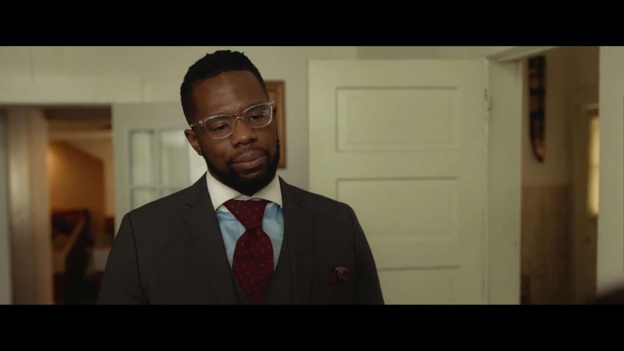 Bacon (Akron Watson) talking to Turquoise.