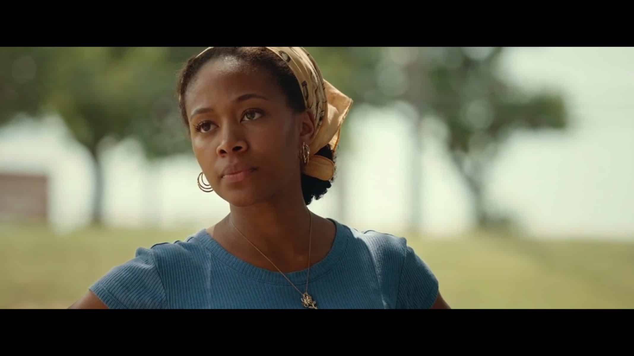 Turquoise (Nicole Beharie) talking to Ronnie.