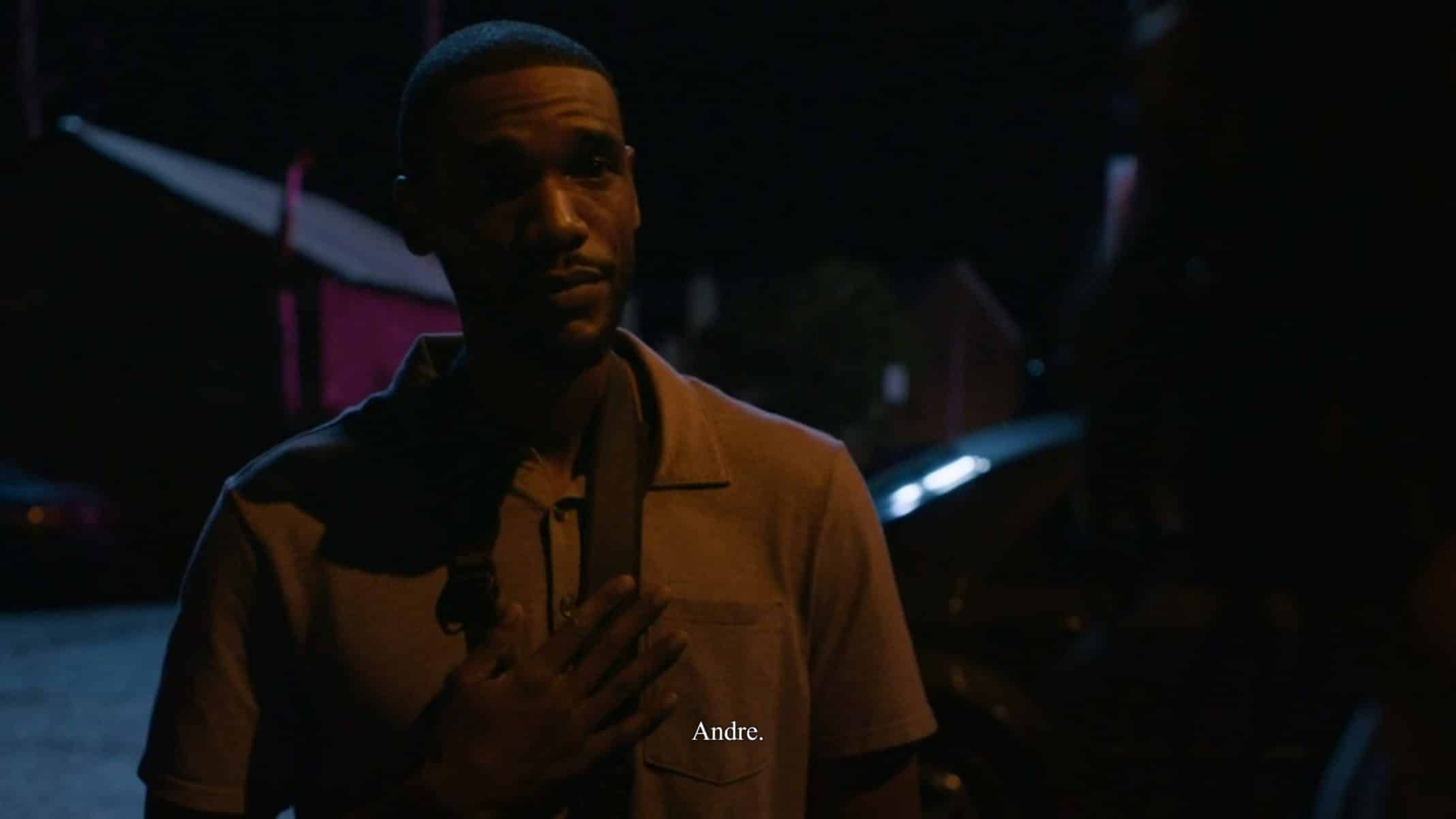 Andre (Parker Sawyers) talking to Hailey