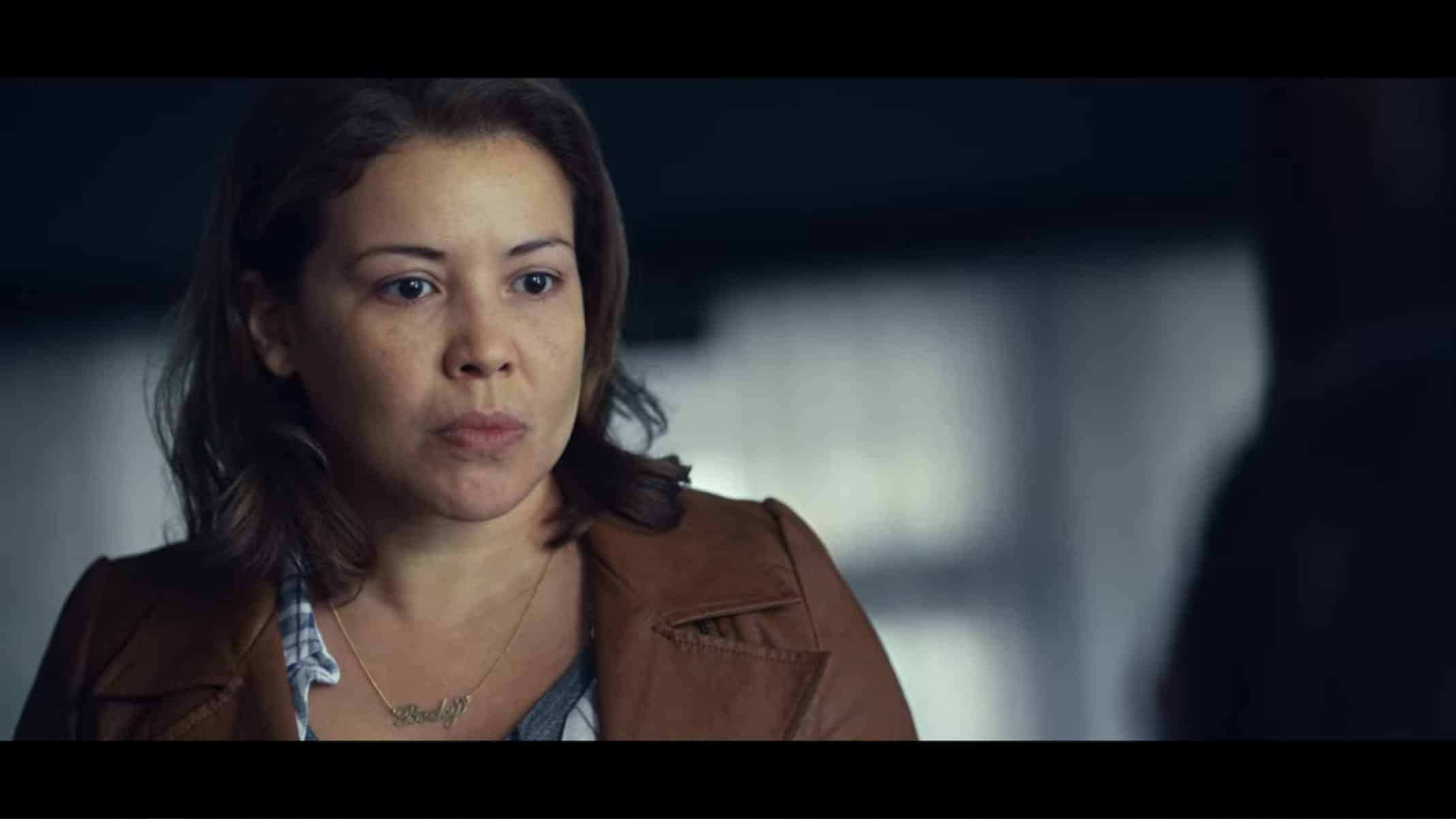 Becky (Justina Machado) breaking down as Amber refuses to come with her to Oliver's house.