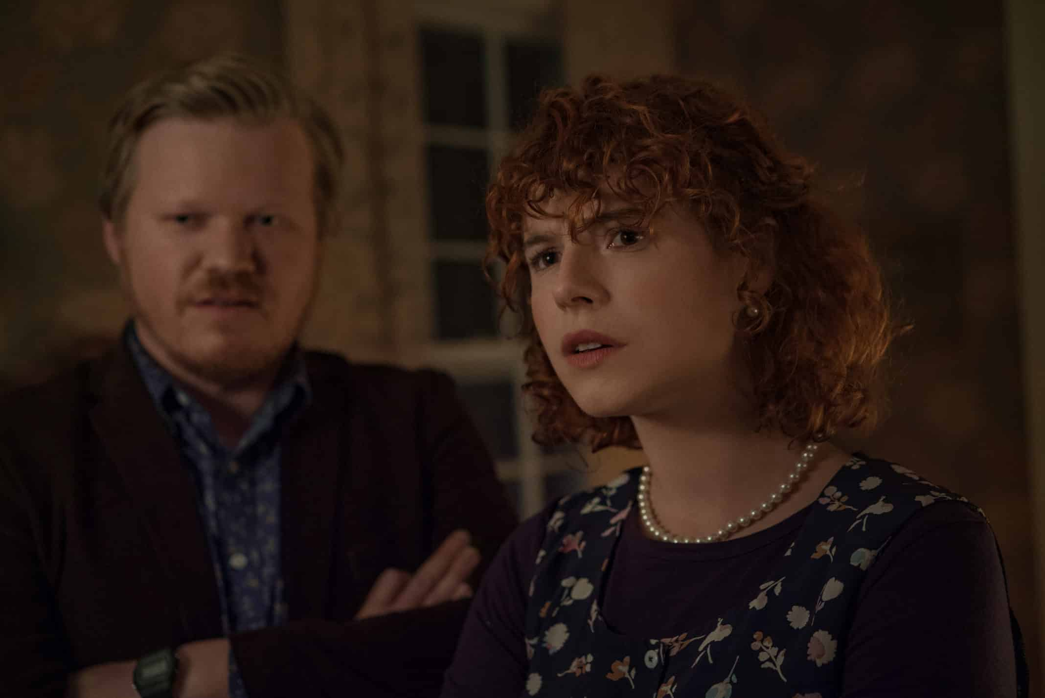 Jake (Jesse Plemons) and Young Woman (Jessie Buckley)