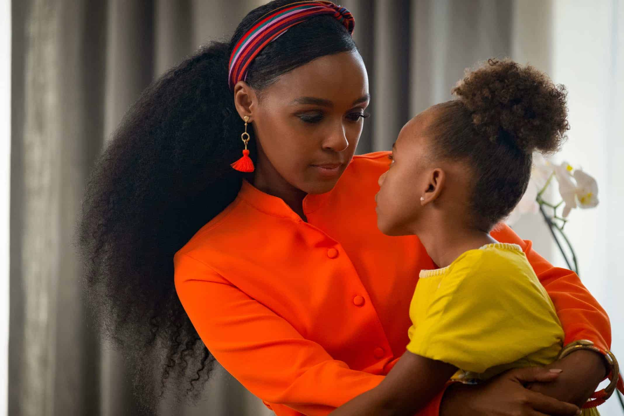 Veronica (Janelle Monae) with her daughter Kennedi (London Boyce)