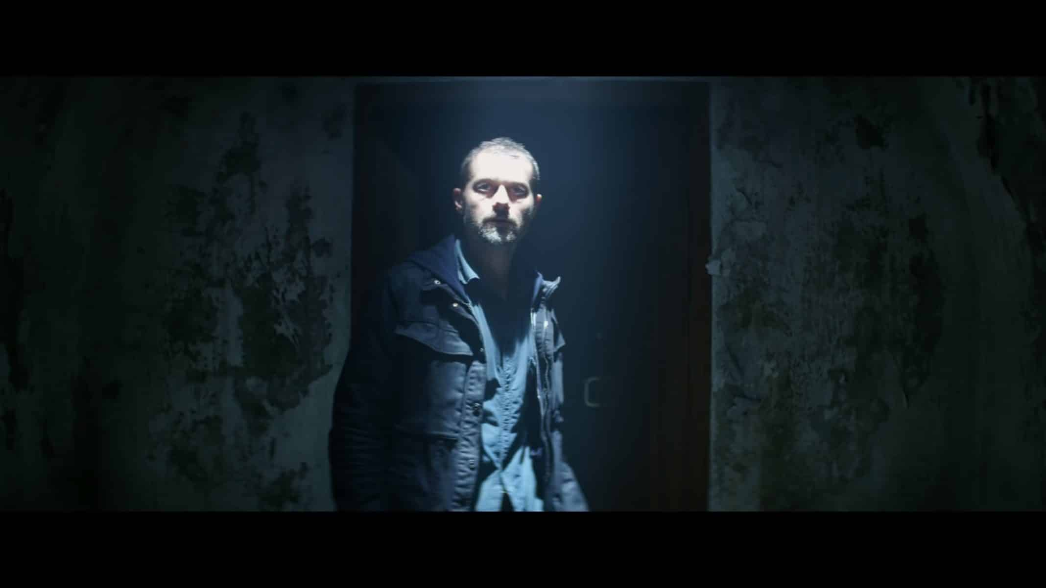 James (James Badge Dale) coming face to face with The Empty Man