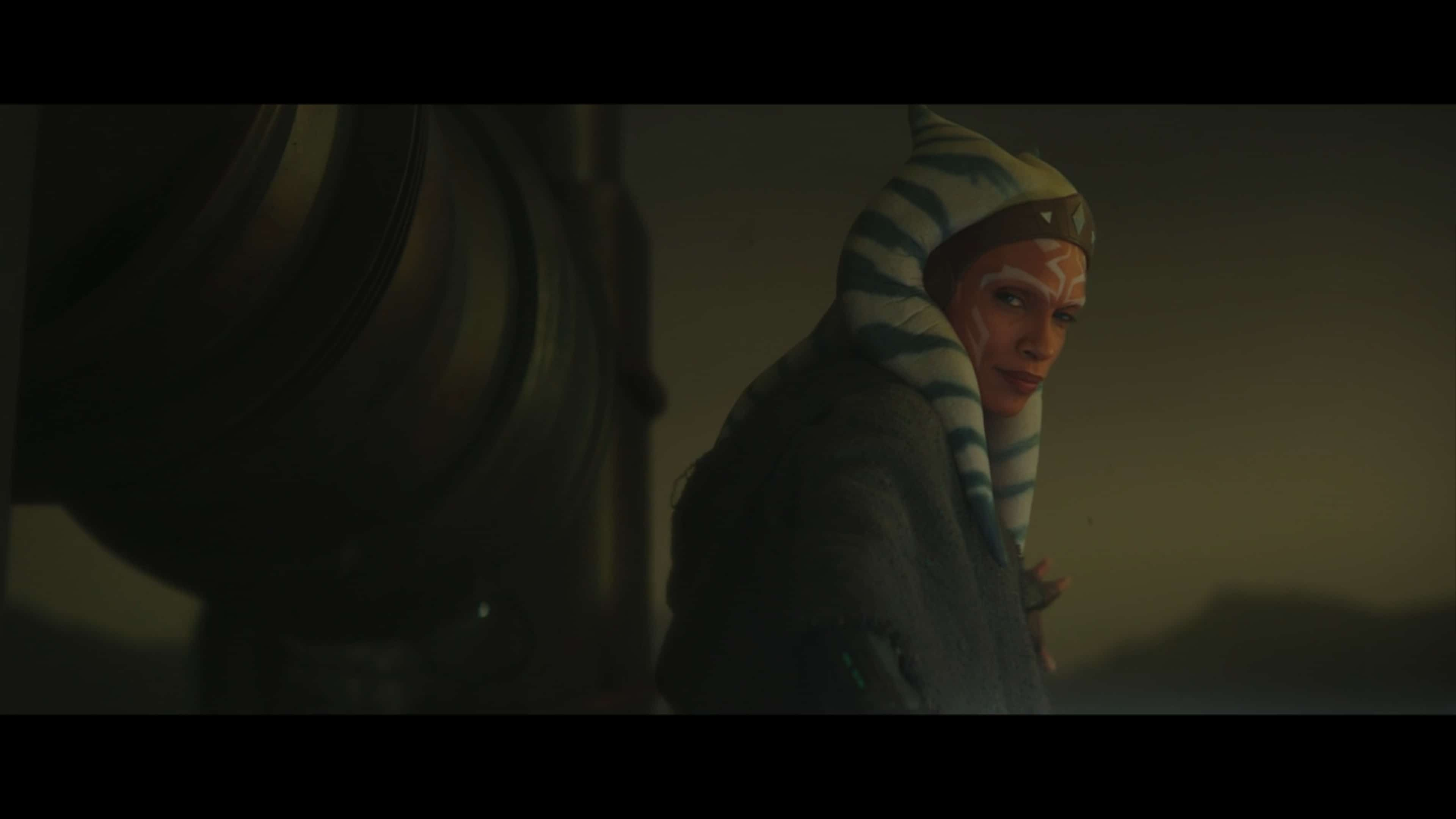 Ahsoka Tano (Rosario Dawson) looking over her shoulder at the last soldier she has to take out.