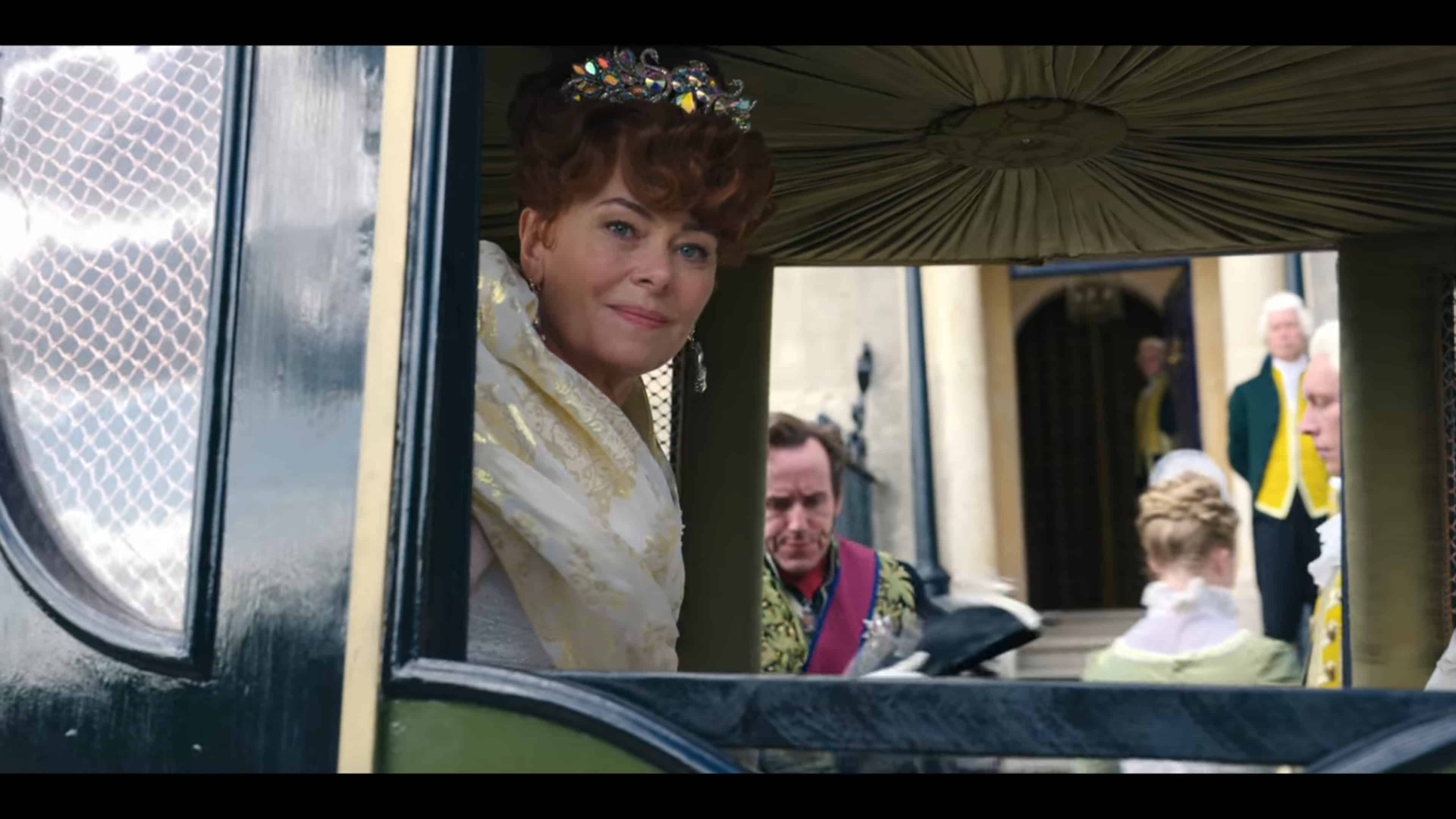 Lady Portia (Polly Walker) in a carriage