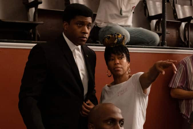 Cassius Clay (Eli Goree) and Regina King on the set of One Night In Miami