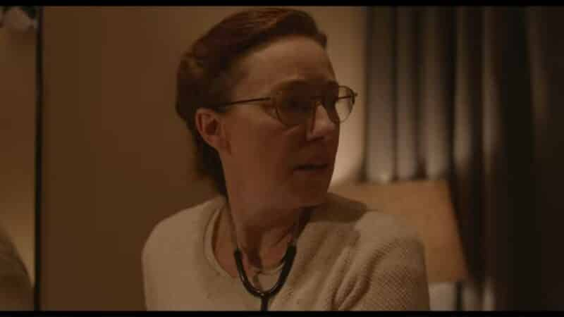 Eva (Molly Parker) getting worried