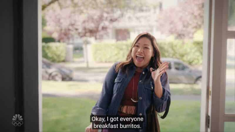 Jenna (Jee Young Han) showing up with burritos