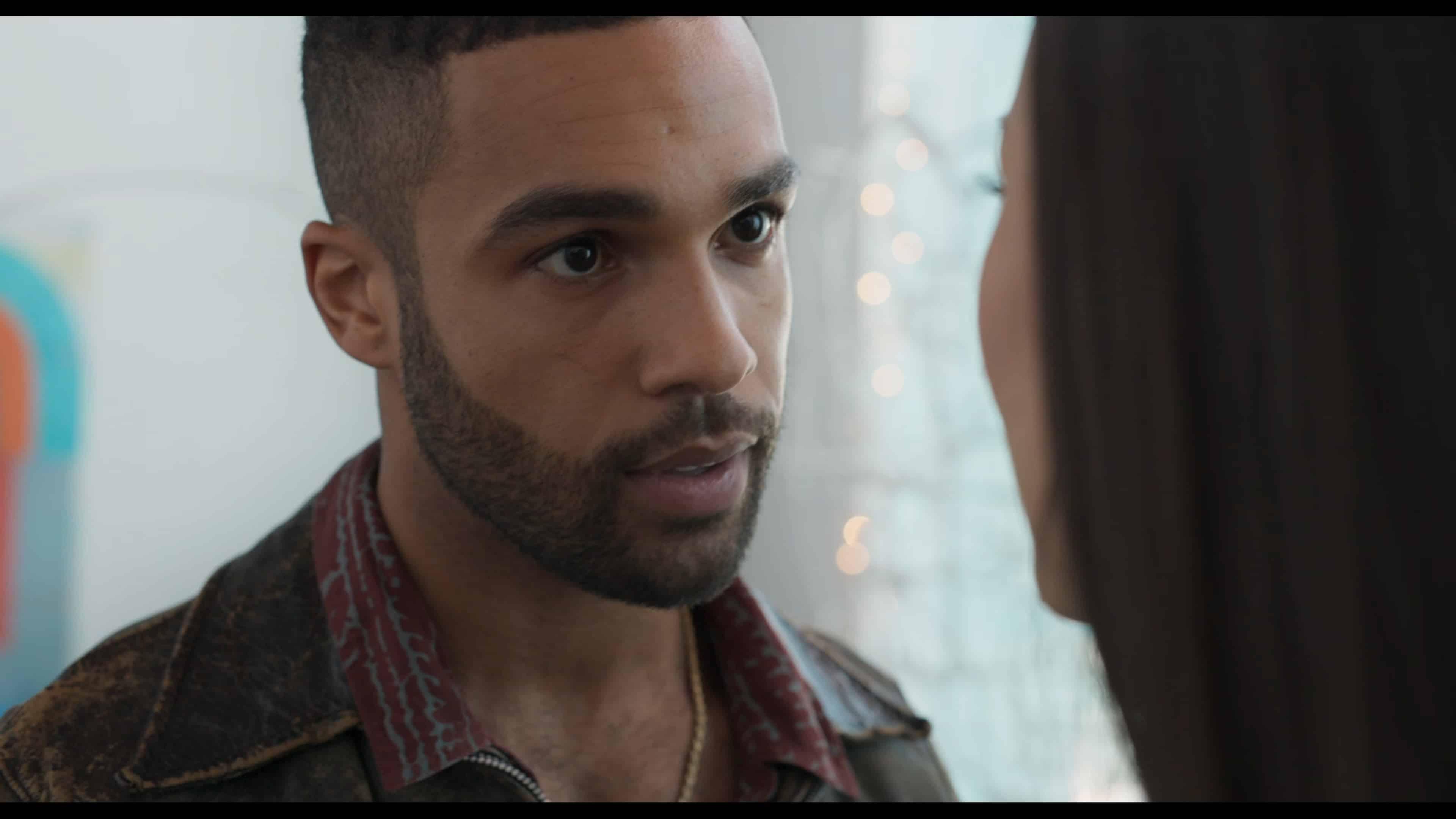 Ansgar (Lucien Laviscount) trying to seduce Brooke