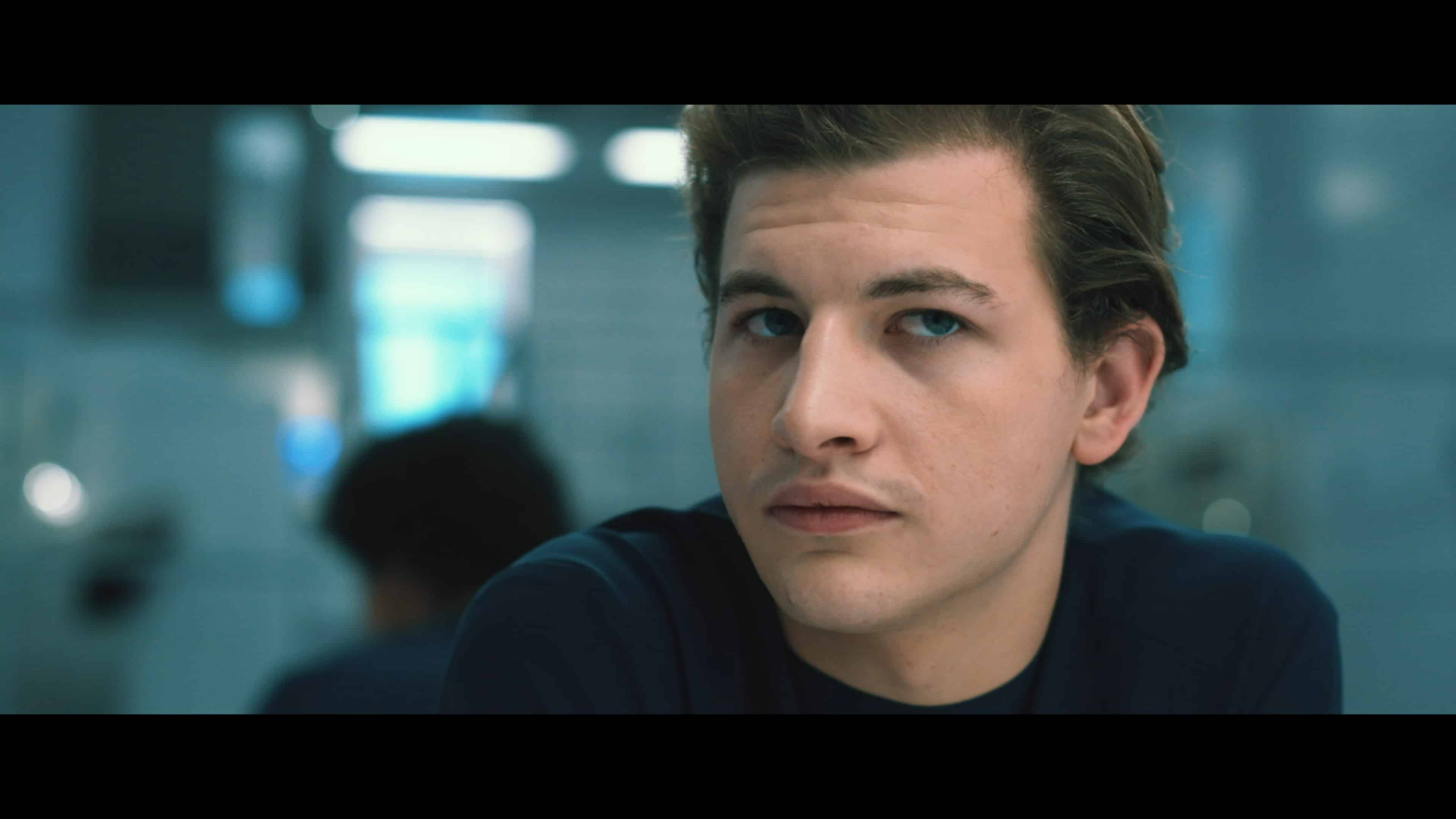 Christopher (Tye Sheridan) in the movie Voyager