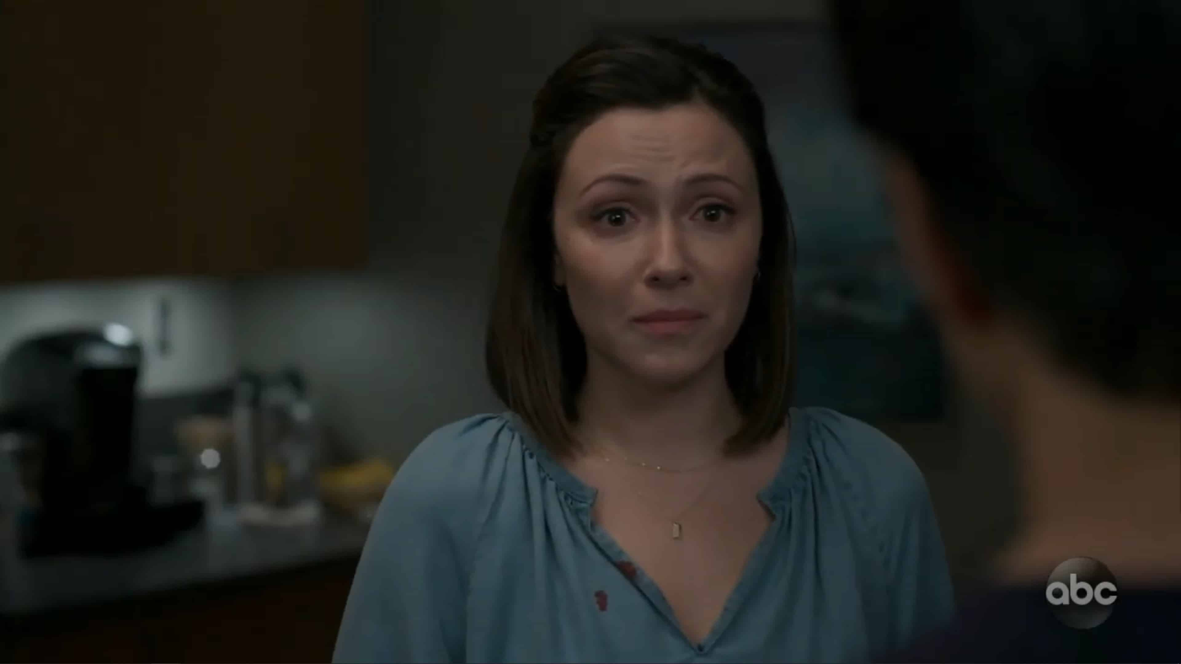 Taryn (Italia Ricci) dealing with bad news about her boy